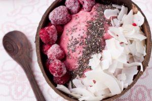Fruchtiges Beerenporridge